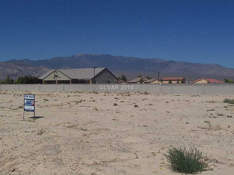 Photo of home for sale at 6631 PARKWOOD Court South, Pahrump NV