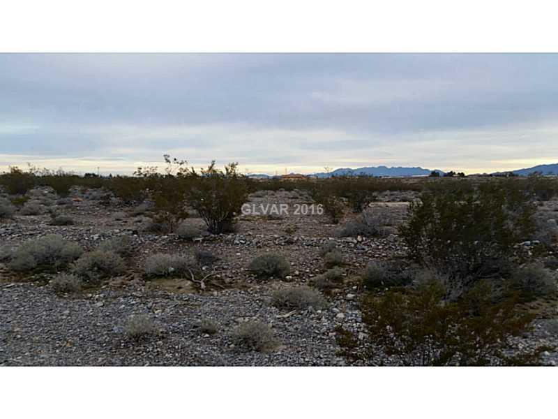 Photo of home for sale at 2581 BEDROCK Street East, Pahrump NV