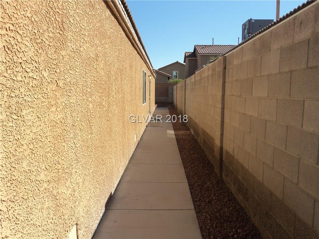 6677 DIAMOND CARE Drive Las Vegas, NV 89122 - MLS #: 2031372